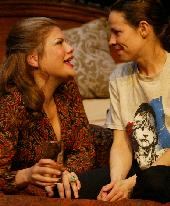 Kristen Johnston as Aunt Dan and  Lilli Taylor as Lemon