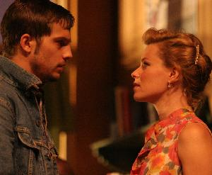 Logan Marshall-Green as Bo  & Elizabeth Banks as Cherie  in Bus Stop